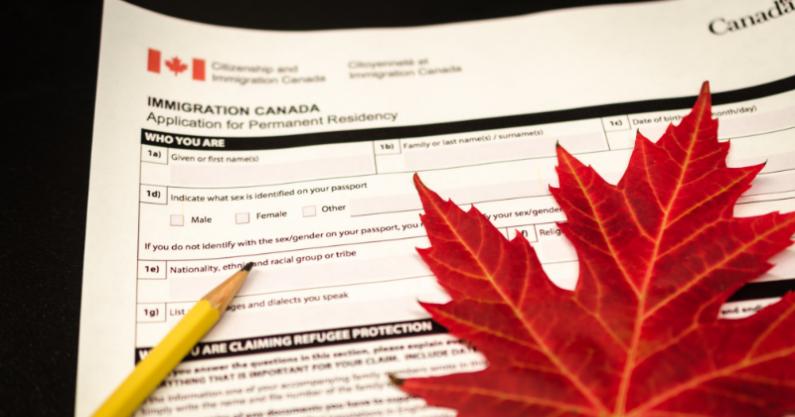 مدارک لازم جهت اخذ ویزای کانادا