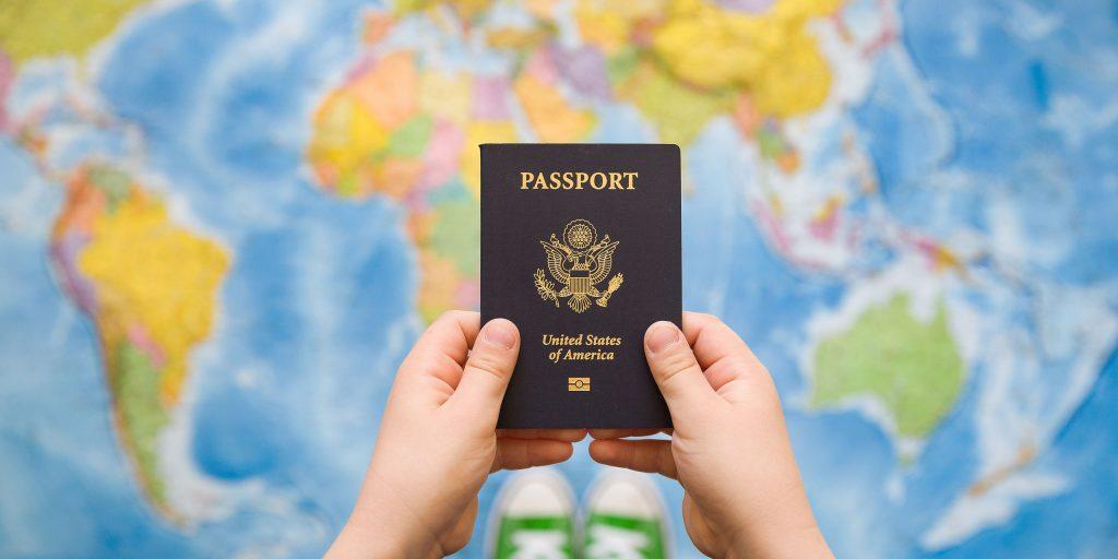 در انگلستان با ویزای کودک درجه 4 مجاز به انجام چه کارهایی هستم؟