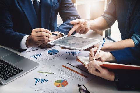 ارزیابی تاثیر بازار کار