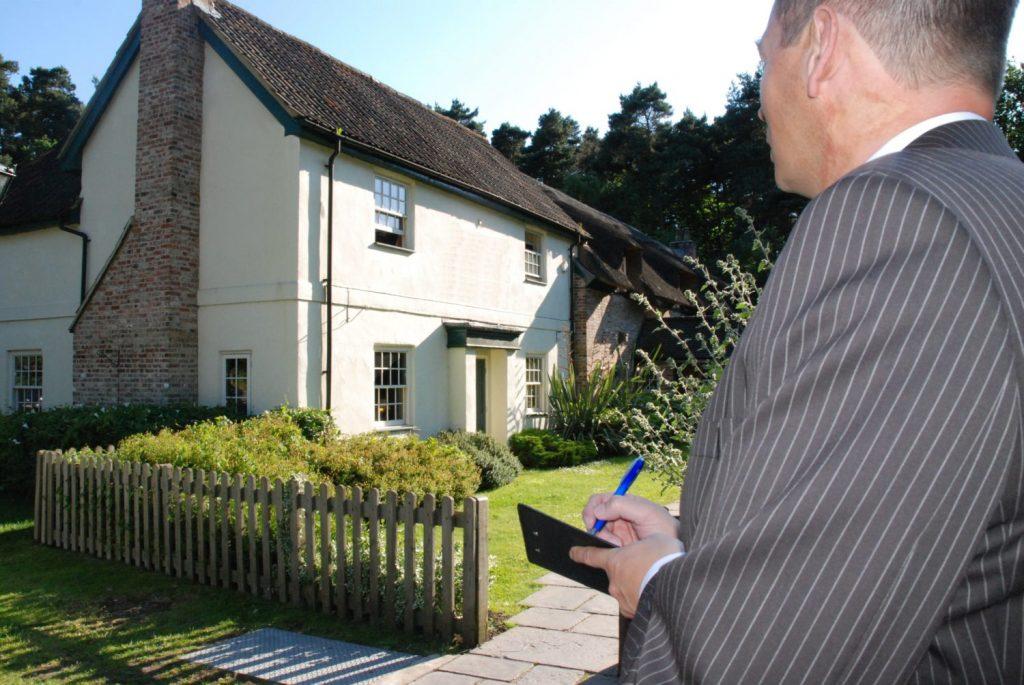 نظر سنجی برای خرید خانه